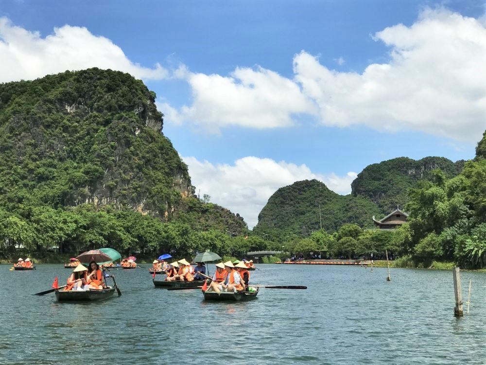 Trang An boat tour